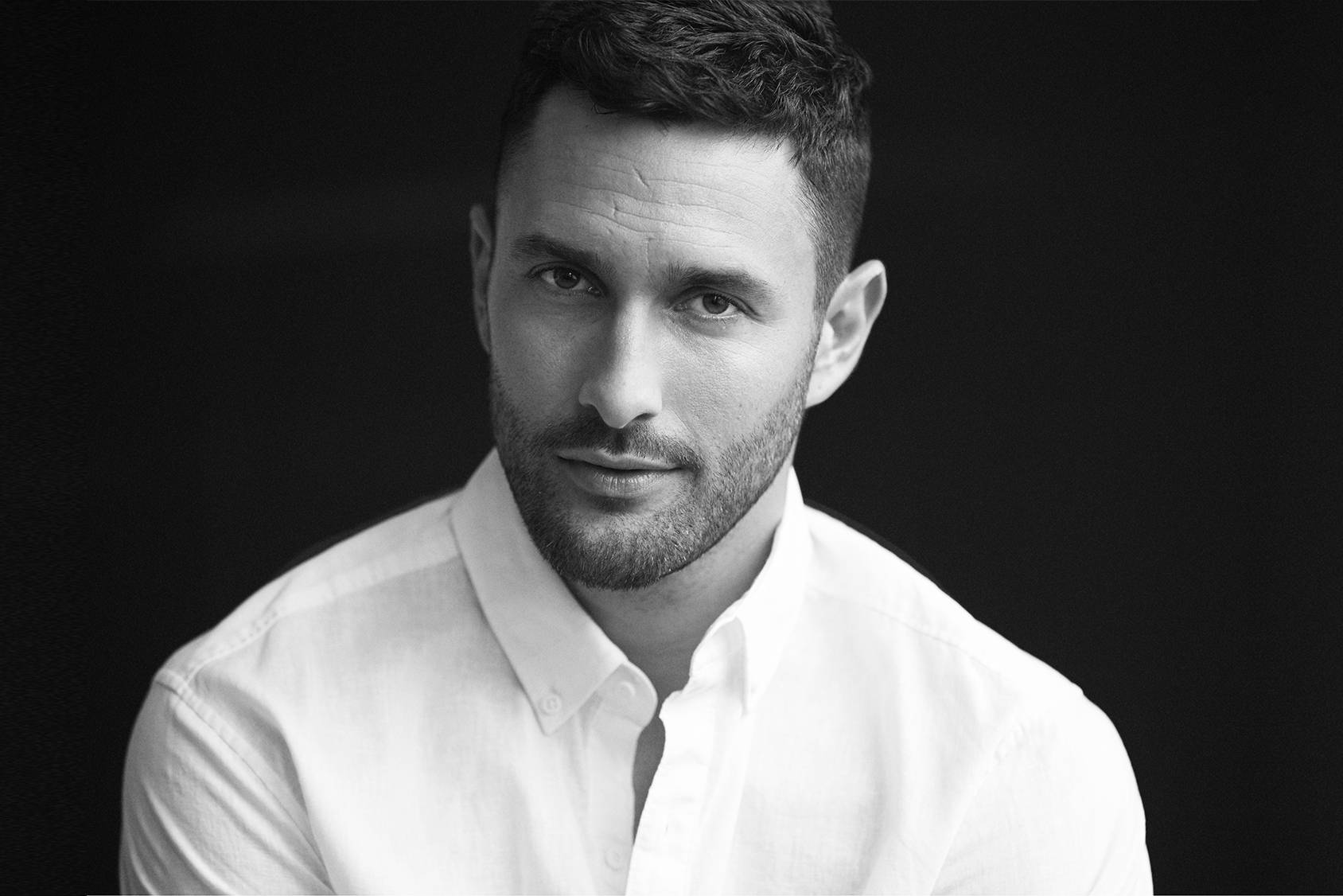 Noah Mills Most Handsome Man 2016