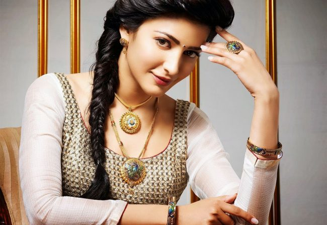 cute_shruti_hassan_Most beautiful South Indian Actress 2017