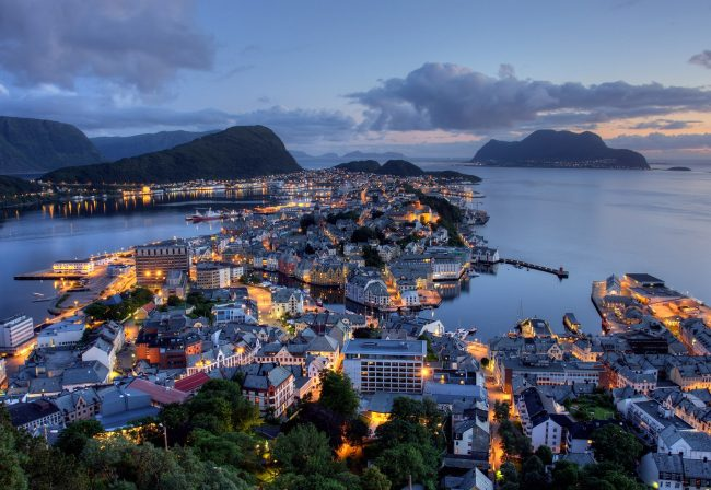 Norway richest countries 2016