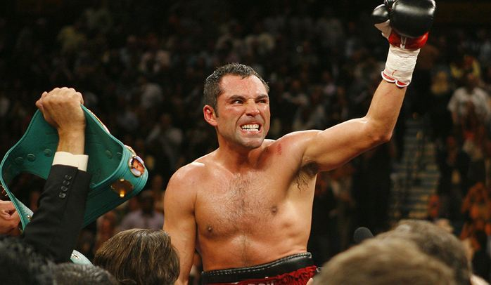 Oscar De La Hoya Richest Boxers 2017