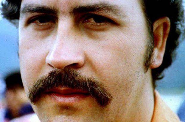Pablo Escobar Richest Gangsters 2017