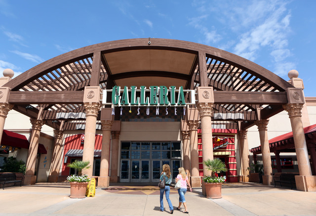 The Galleria Largest Mall in USA 2017