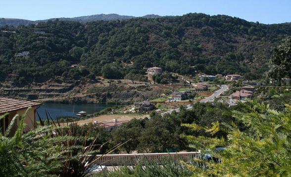 Los Altos Hills, CA Richest Cities in America 2016