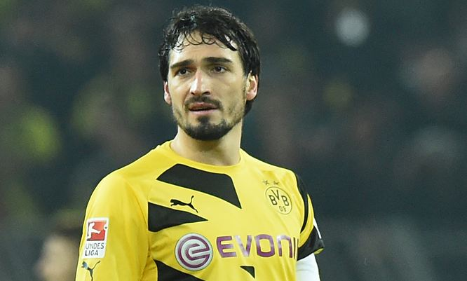 Mats Hummels Highest Paid Defenders 2017