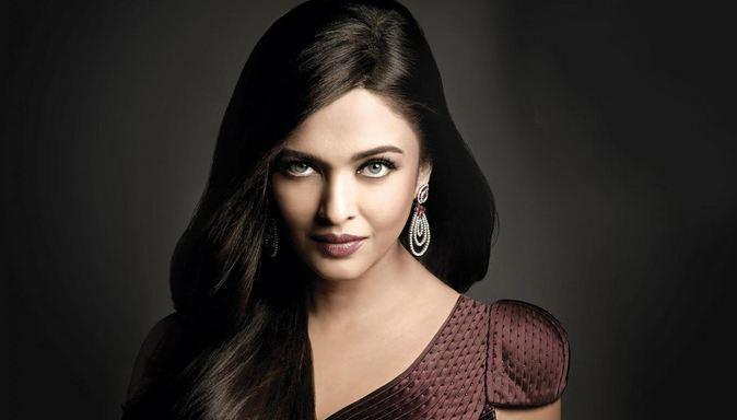 Aishwarya Rai Bachchan - Most Beautiful Indian Women 2018