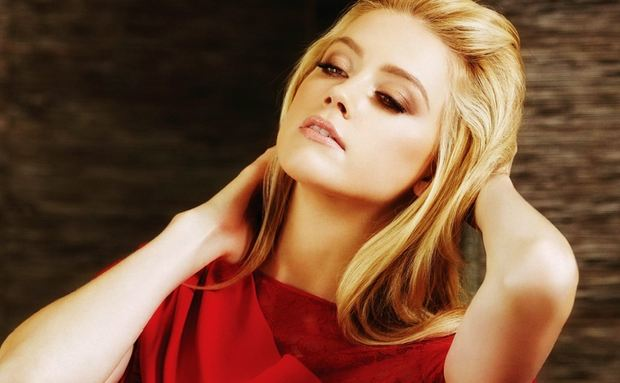 Amber Heard, Most Beautiful Hottest Celebrities 2017