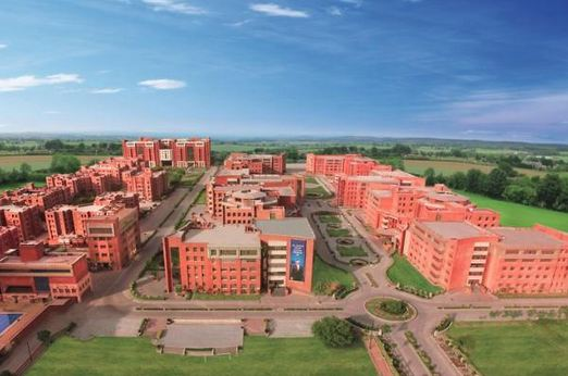 Amity University, India's Most Expensive Engineering Colleges 2016