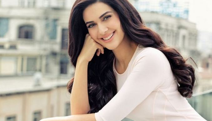 Bergüzar Korel, Most Beautiful Turkish Actresses 2016