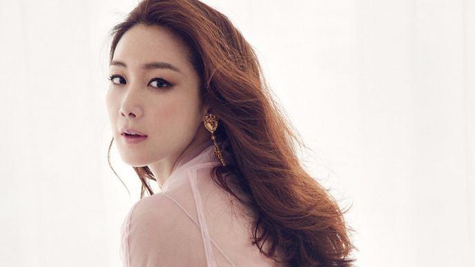 Choi Ji-woo, Most Beautiful Hottest Korean Actresses 2016