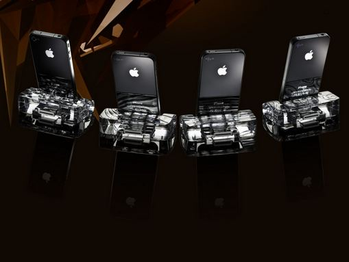 Crystal IPhone 4 docking station, World's Most Expensive Electronic Gadgets 2017