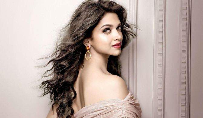 Deepika Padukone Hottest And Sexiest Actresses 2018