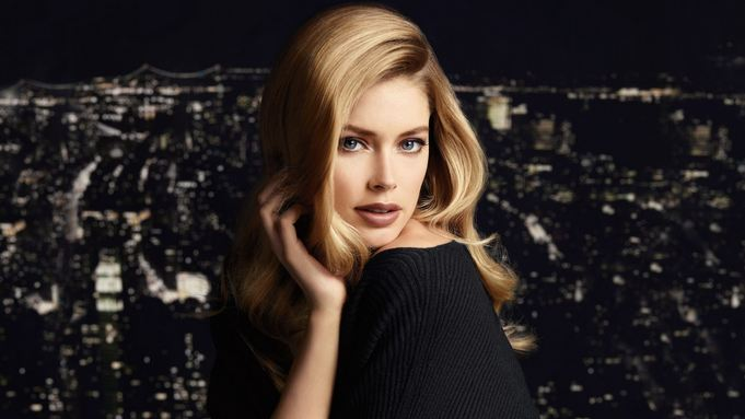 Doutzen Kroes - Hottest female Models 2018