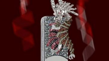 Dragon and Spider Case from Anita Mai Tan, World's Most Expensive iPhone Cases 2017