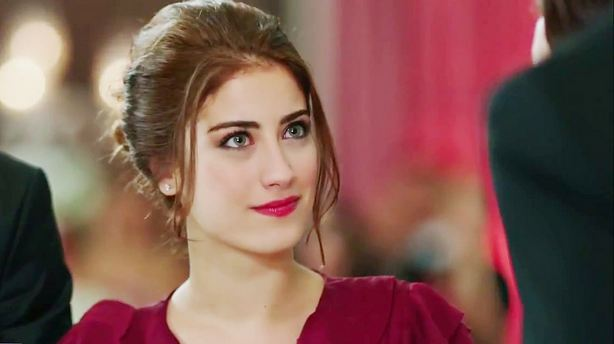 Hazal Kaya, Most Beautiful Turkish Actresses 2017