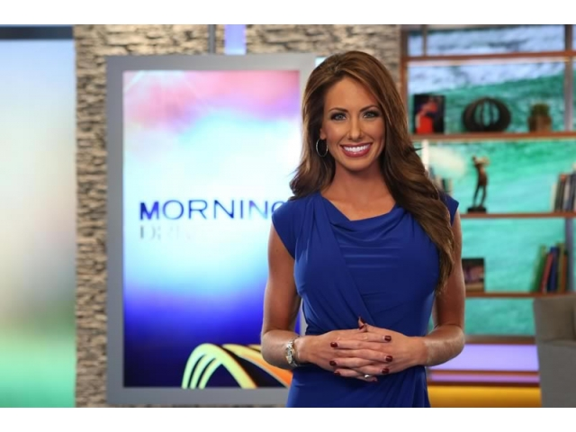 Holly Sonders Sexiest Sports News Reporters 2017