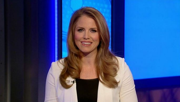 Jenna Lee, Most Beautiful Hottest News Anchors 2017