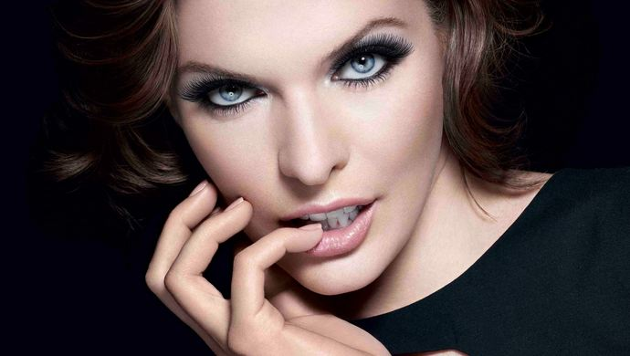 Milla Jovovich, Most Beautiful Eyes 2018