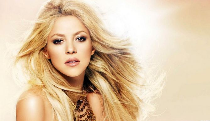 Shakira, Most Beautiful Hottest Celebrities 2017