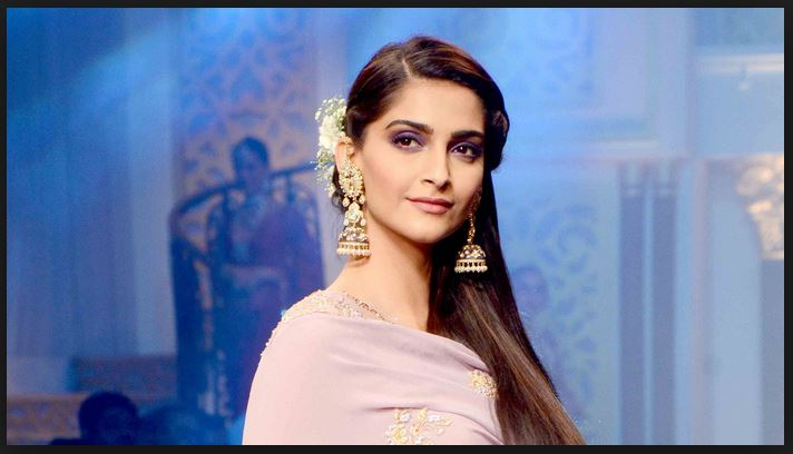 Sonam Kapoor Most Beautiful Bollywood Actresses 2017