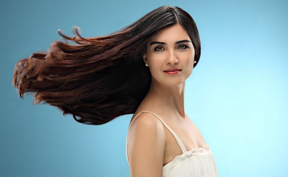 Tuba Büyüküstün, Most Beautiful Turkish Actresses 2017