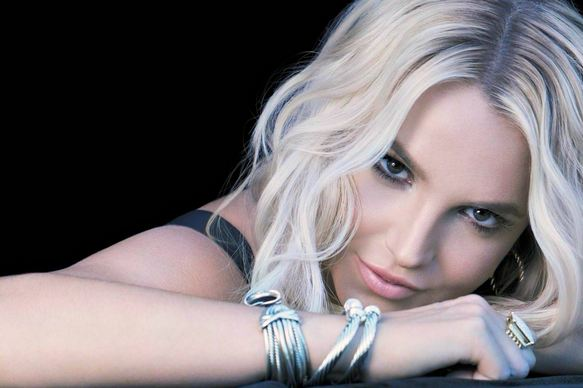 Britney Spears, World's Most Popular Hottest Pop Singers 2017