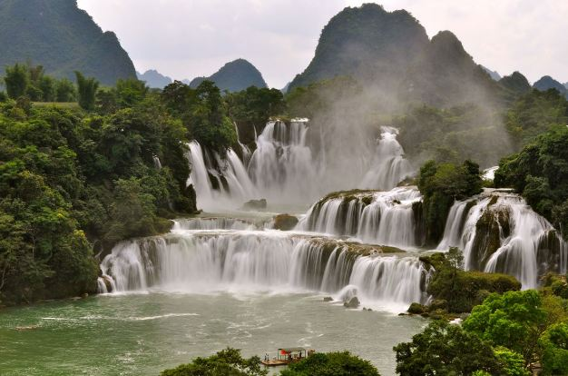 Chutes de Khone most popular biggest Waterfalls in the World in 2019