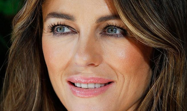 Elizabeth Hurley, World's Most Popular Sexiest Older Actresses 2016