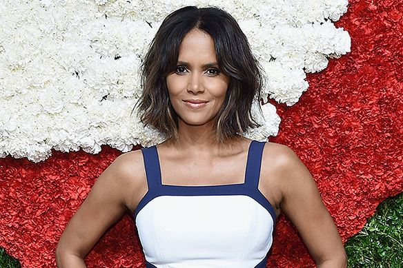 Halle Berry, World's Most Popular Sexiest Older Actresses 2017