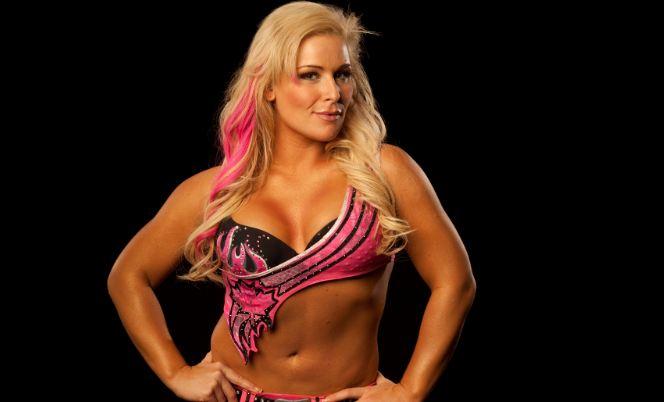 Natalya,most popular hottest WWE diva 2017