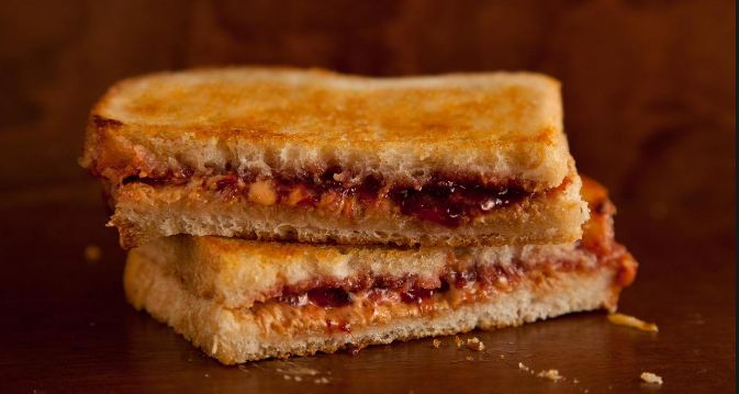 Peanut butter and jelly sandwiches cheapest foods 2016-2017