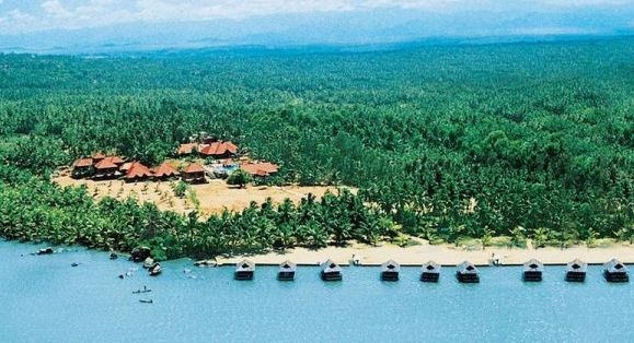 Poovar, Kerala Most popular Beautiful Villages in India 2018