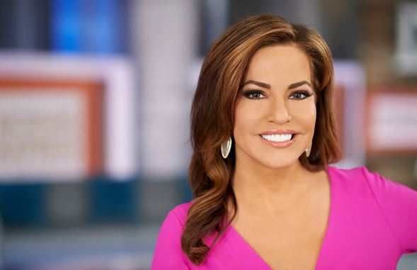 Robin Meade, World's Most Popular Hottest News Women 2017
