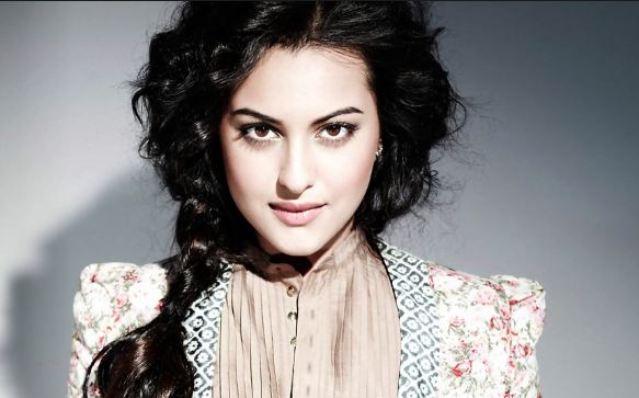 Sonakshi Sinha most beautiful eyes in Bollywood 2016-2017