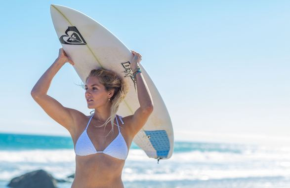 Stephanie Gilmore, World's Most Beautiful Sexiest Female Surfers 2017