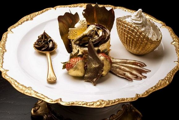 The Golden Phoenix Cupcake, World's Most Expensive Desserts 2017