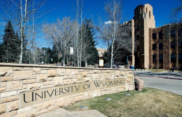 UNIVERSITY OF WYOMING Top Popular Cheapest Online Schools in The World 2018