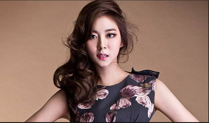 Uee (Kim Yu-jin),Most Beautiful Hottest Kpop Idols 2016