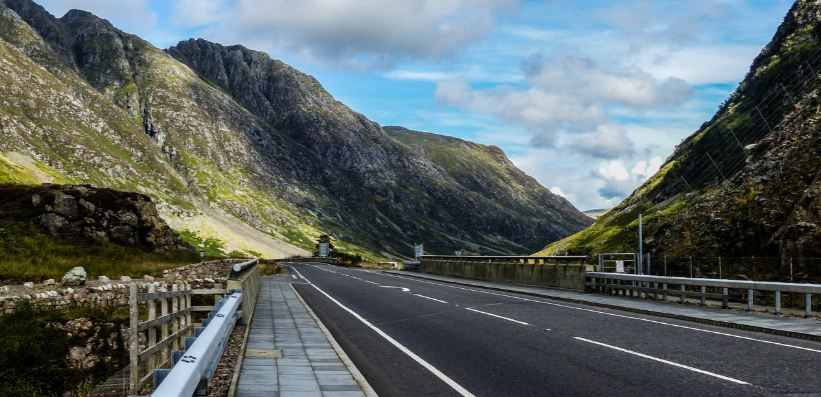 a82-road-scotland-top-10-most-amazing-roads-in-the-world-2017