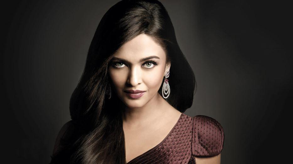 aishwarya-rai-bachchan-powerful-bollywood-star-wives-2019