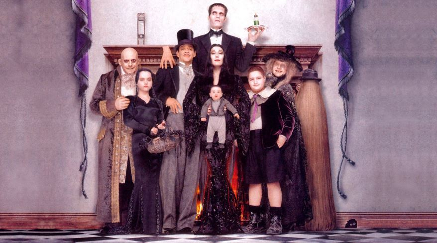 addams-family-values-popular-best-thanksgiving-movies-all-time-you-must-watch-2017