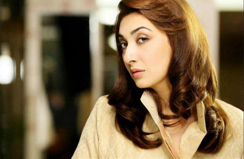 aisha-khan-top-most-beautiful-female-celebrities-of-pakistan