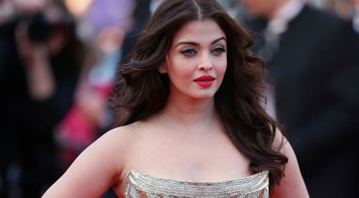 Aishwarya Rai Bachchan Top 10 Most Hated Bollywood Actresses Ever 2017