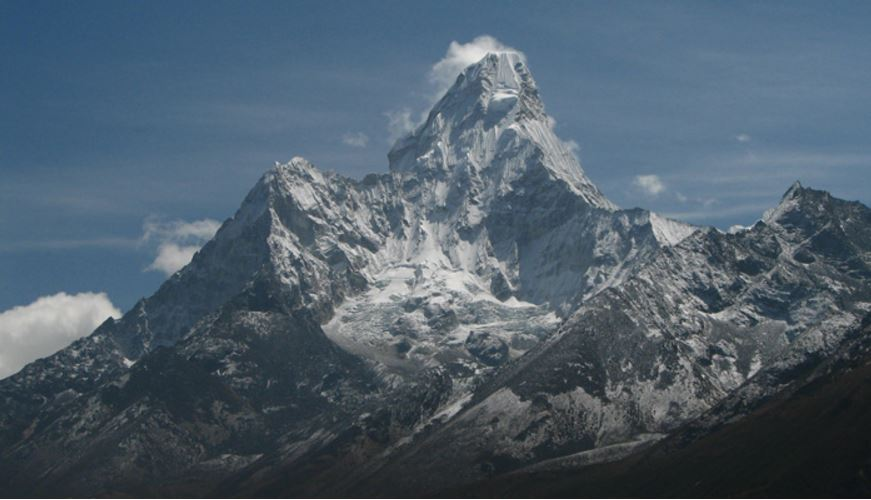 ama-dablam-nepal-top-most-very-beautiful-mountains-in-the-world-2017