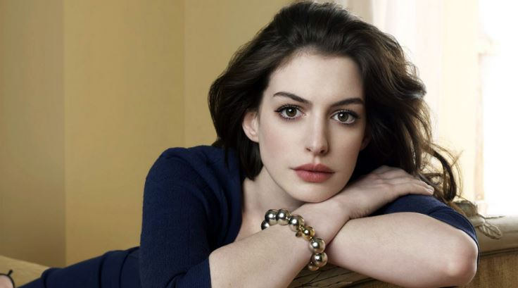 anne-hathaway-top-most-famous-actors-who-are-unexpectedly-good-singers-2018