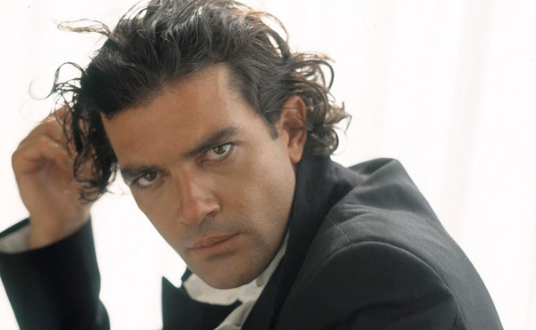 antonio-banderas-top-10-handsome-hottest-latino-men-2017