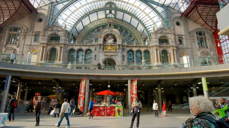 antwerp-central-antwerp-top-10-most-amazing-railway-stations-in-the-world-2017