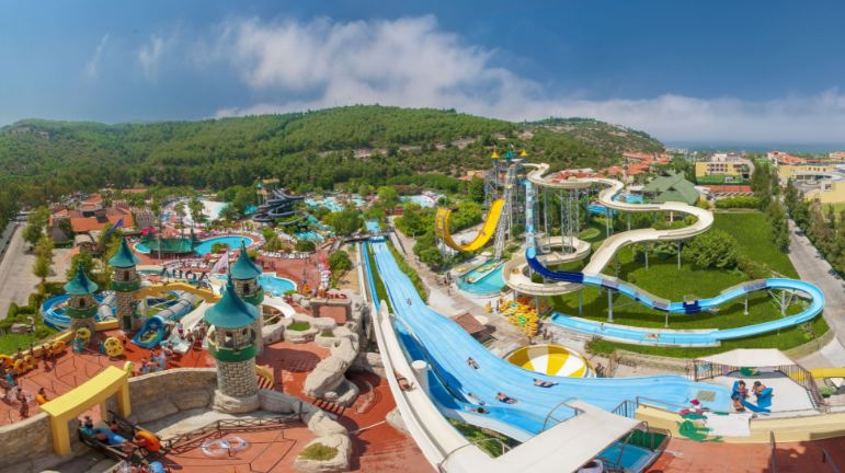aqua-fantasy-top-most-travel-destinations-for-children-around-the-world-2017