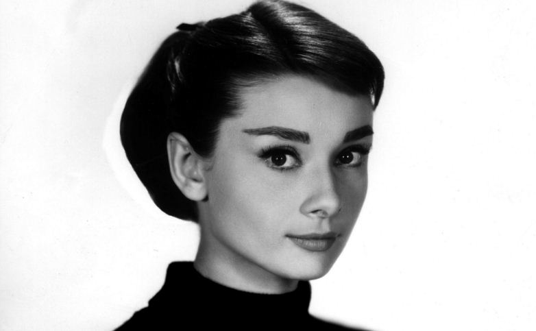 audrey-hepburn-top-ten-popular-timeless-hot-and-sexy-women-2017