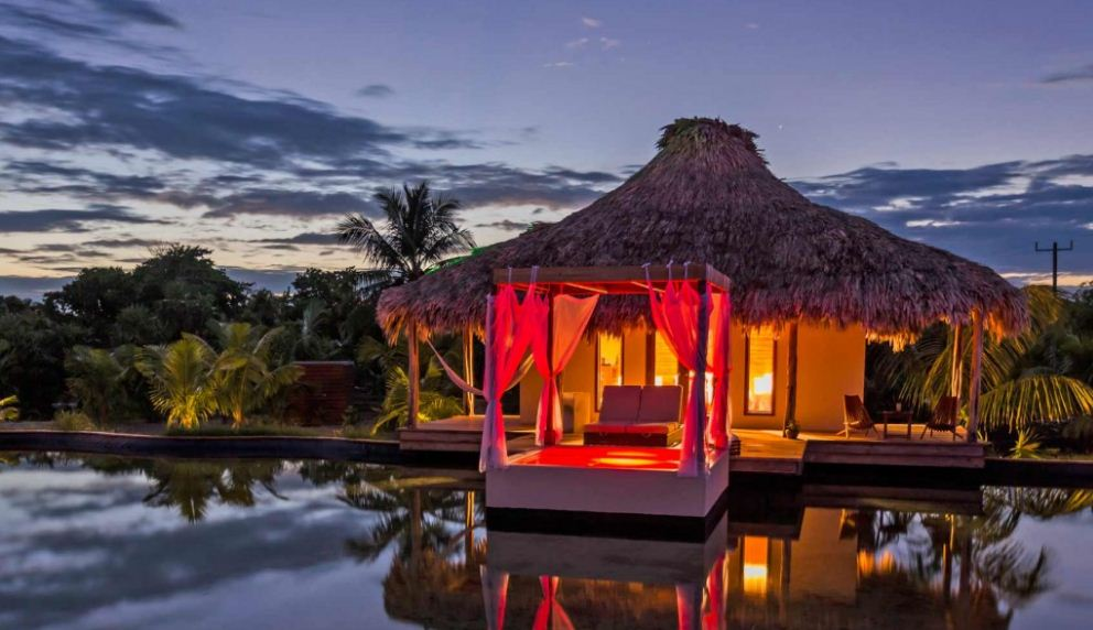 Top 10 most romantic places in the world for for Best romantic hotels in the world