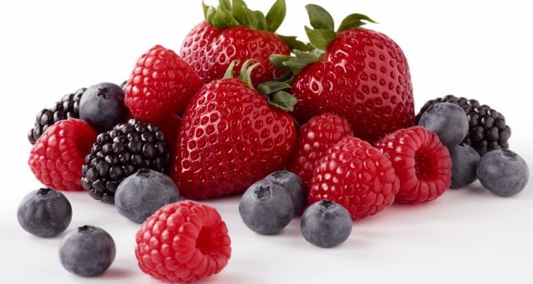 berries-top-most-foods-for-better-health-2017